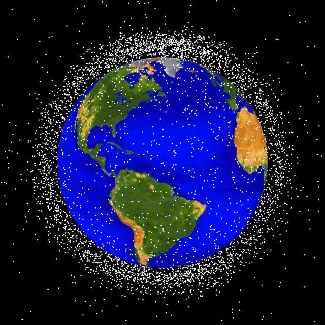Escombros en orbita baja