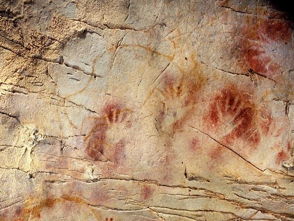 Cueva El Castillo con las pinturas más antiguas