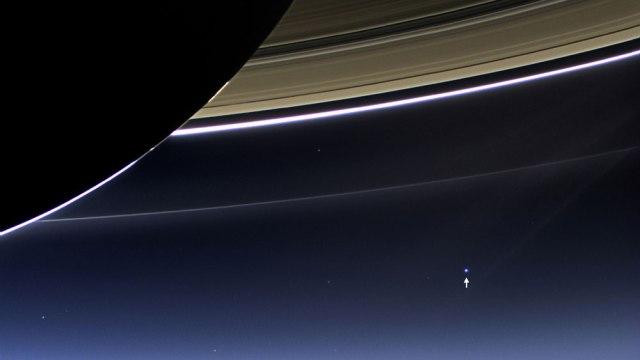 Tierra desde Saturno